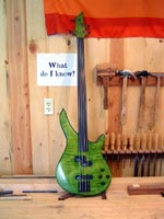 Fretless Base Guitar.